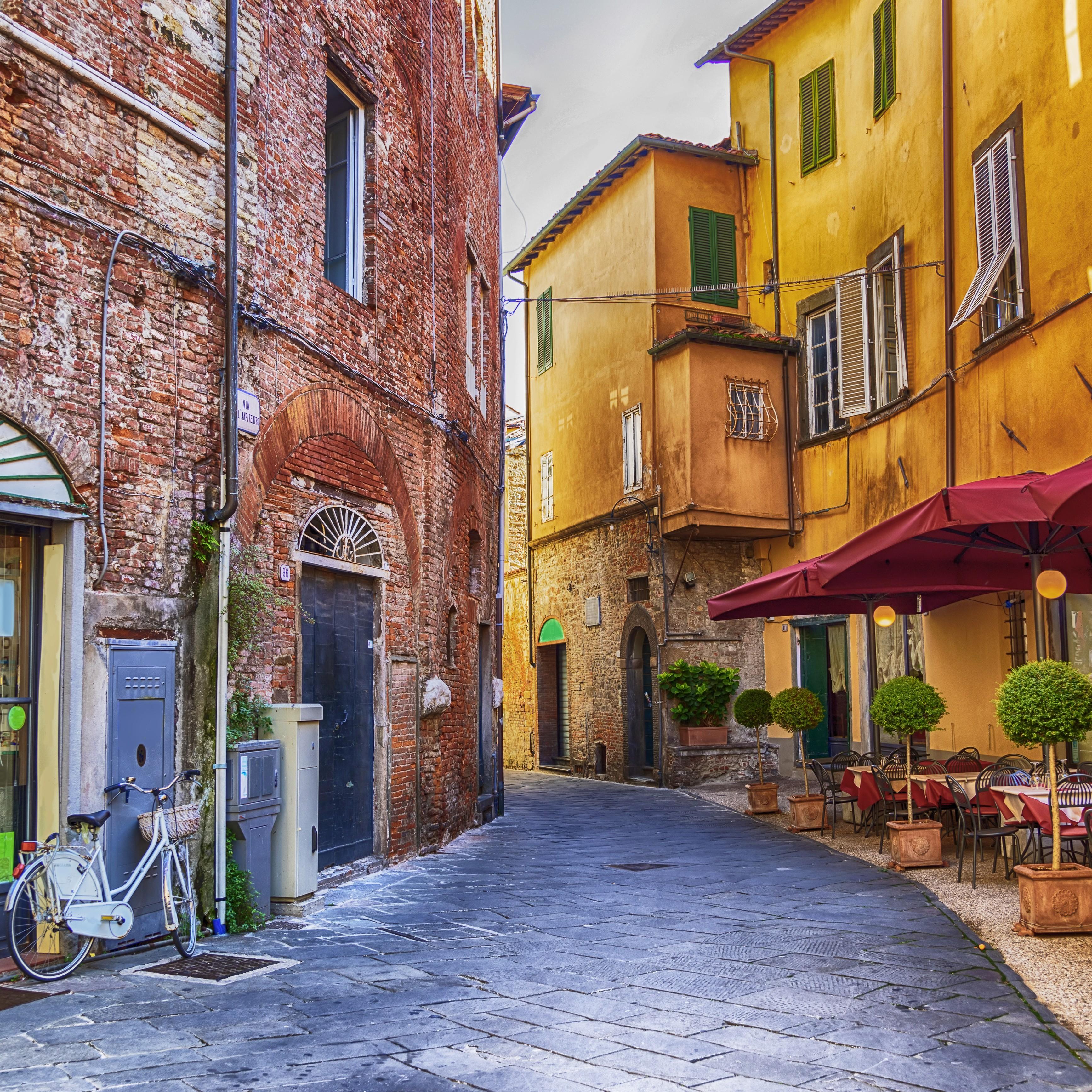 Lucca y Pisa (PRIVADO)