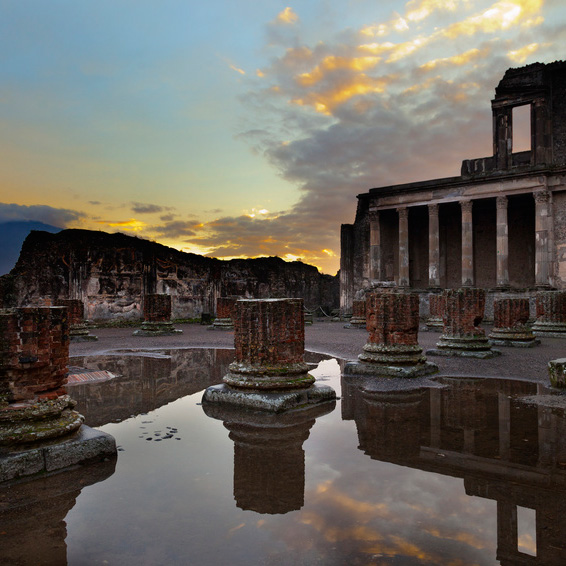 Pompeya y Nápoles