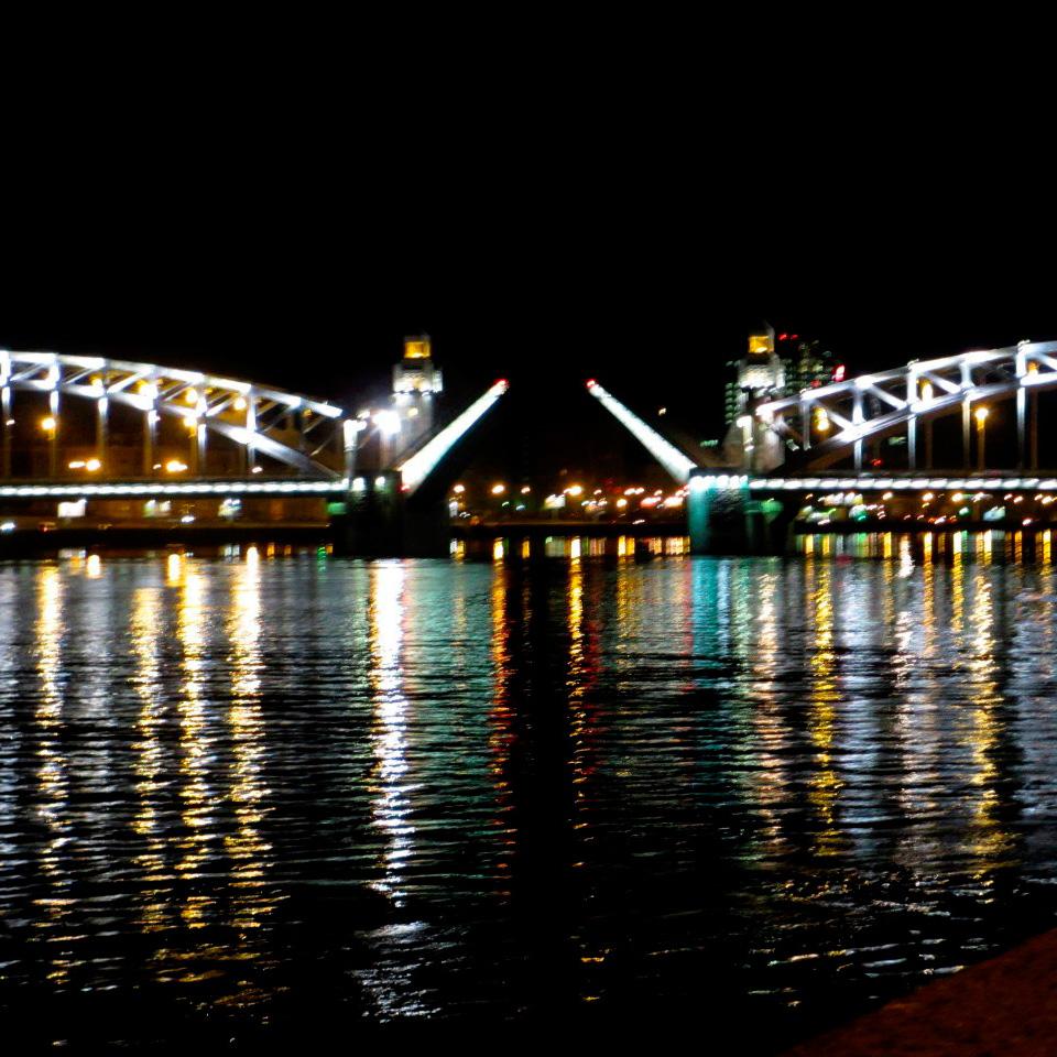 San Petersburgo 2 días + EXCUR. NOCTURNA